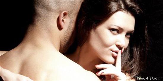 Ανέκδοτο: Είναι ο Μήτσος με την γκόμενα στο ξενοδοχείο και η γυναικα του στο σπίτι να τον περιμένει….