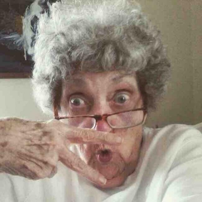 21 γιαγιάδες και παππούδες που εγγυώνται ότι η ζωή μαζί τους δεν θα είναι ποτέ βαρετή