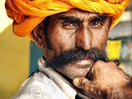 Ανέκδοτο:Ο Ινδός , ο Αμερικανός και ο Έλληνας στην Κόλαση…