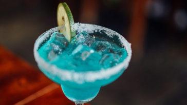 Ανέκδοτο: Το δηλητήριο στο μπαρ