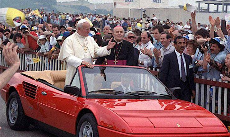 ανεκδοτο φεραρι παπας