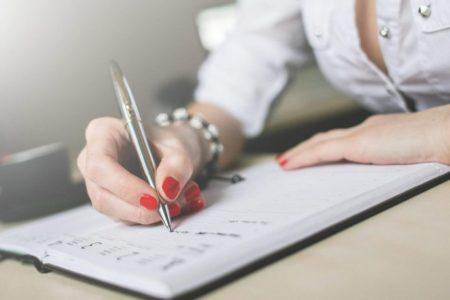 Ανέκδοτο: Η ξανθιά η κρουαζιέρα και το ημερολόγιο ! Τρελό γέλιο
