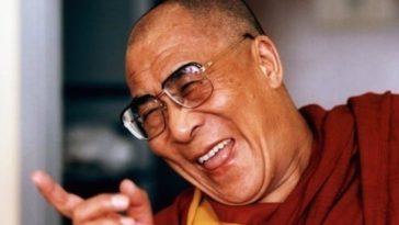 Ανέκδοτο: Το εξόγκωμα και Ο Δαλάι Λάμα ! Τρελό γέλιο