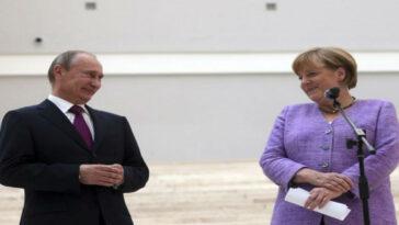 Ανέκδοτο: ο Πούτιν, η Μέρκελ και ο Παπανδρέου πηγαίνουν στο Θεό…!
