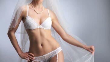 ΕΠΙΚΟ ΑΝΕΚΔΟΤΟ: Είναι ένα ζευγάρι σε ένα γάμο κ λέει η σύζυγος. Πολύ γέλιο