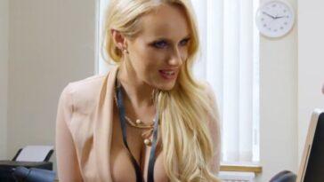ΑΝΕΚΔΟΤΟ: Ξανθό ΤOYMΠΑNO περνά συνέντευξη για γραμματέας. Τρελό γέλιο