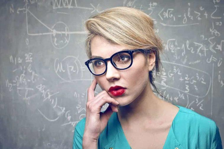 Ανέκδοτο: Η ΚΟΝΣΕΡΒΑ ο Μαθηματικός και οι επιστήμονες. Τρελό γέλιο