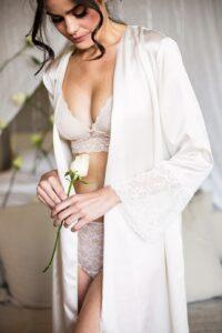 Ανέκδοτο: Ένα top model έχει μόλις παντρευτεί από κεραυνοβόλο έρwτα μετά από μόλις μια εβδομάδα γνωριμίας …! Τρελό γέλιο