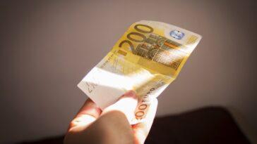 Ανέκδοτο: Διαθέσιμα χρήματα