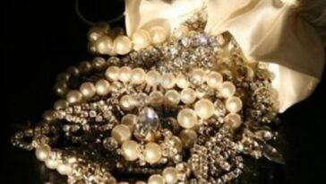 Ανέκδοτο: Tα κοσμήματα
