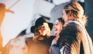 Ανέκδοτο: Ποια είναι τα 4 θαύματα της γυναίκας;
