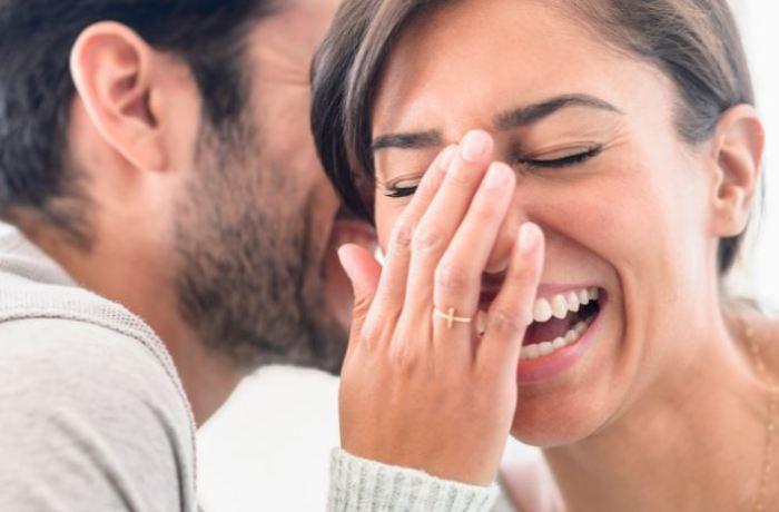 Ανέκδοτο: Πάει ένας στον γιατρό: «Γιατρέ πριν από 5 μέρες έπιασα τη γυναίκα μου…