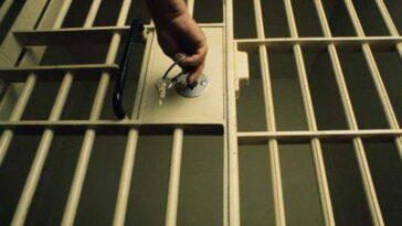 Ανέκδοτο: Στη φυλακή